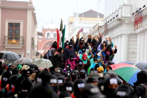 12-21-2012-Zapatista-Marcha-095-300dpi