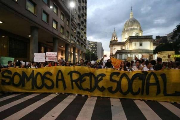 MARCHA-Rio-Janeiro-movilizacion-EFE_CLAIMA20130617_0150_14