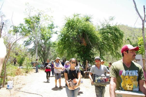 Arribo de la Caravana en solidaridad con el rancho sudcaliforniano. Foto: Frente Ciudadano en Defensa del Agua y la Vida